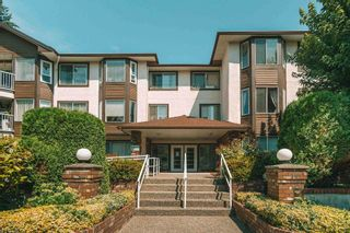 """Photo 1: 312 33375 MAYFAIR Avenue in Abbotsford: Central Abbotsford Condo for sale in """"MAYFAIR PLACE"""" : MLS®# R2604719"""