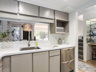 """Photo 9: 5 960 W 13TH Avenue in Vancouver: Fairview VW Townhouse for sale in """"The Brickhouse"""" (Vancouver West)  : MLS®# R2193892"""