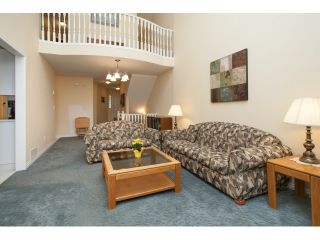 """Photo 5: 54 15959 82ND Avenue in Surrey: Fleetwood Tynehead Townhouse for sale in """"CHERRY TREE LANE"""" : MLS®# R2035228"""