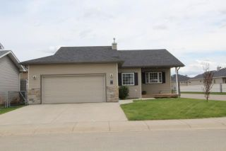 Photo 2: 779 STONEHAVEN Drive: Carstairs Residential Detached Single Family for sale : MLS®# C3617481