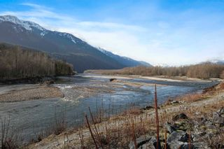 Photo 23: 1370 OAK Place in Squamish: Brackendale House for sale : MLS®# R2614210