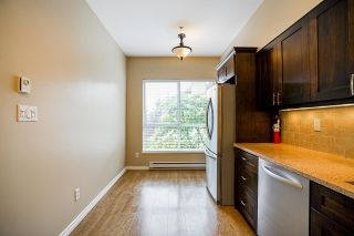 """Photo 19: 512 5262 OAKMOUNT Crescent in Burnaby: Oaklands Condo for sale in """"ST ANDREW IN THE OAKLANDS"""" (Burnaby South)  : MLS®# R2584801"""