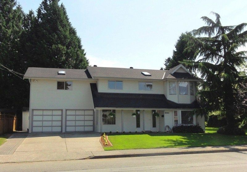 Main Photo: 20802 48TH Avenue in Langley: Langley City House for sale : MLS®# F1221385
