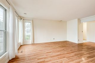 Photo 4: 2 6124 Bowness Road in Calgary: Bowness Row/Townhouse for sale : MLS®# A1131110