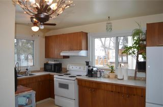 Photo 7: 11 Wiltshire Bay in Winnipeg: Windsor Park Residential for sale (2G)  : MLS®# 202102030