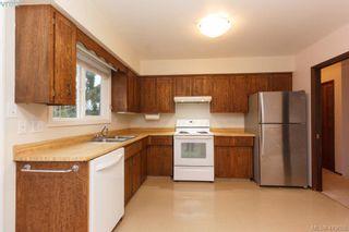 Photo 9: 1813 Rossiter Pl in VICTORIA: SE Lambrick Park House for sale (Saanich East)  : MLS®# 830624