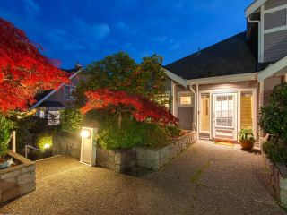 Main Photo: 6 700 ST. GEORGES Avenue in North Vancouver: Central Lonsdale Townhouse for sale : MLS®# R2626776