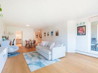 """Photo 14: 608 518 MOBERLY Road in Vancouver: False Creek Condo for sale in """"Newport Quay"""" (Vancouver West)  : MLS®# R2603503"""