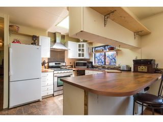 """Photo 7: 3 2120 KING GEORGE Boulevard in Surrey: King George Corridor Manufactured Home for sale in """"Five Oaks"""" (South Surrey White Rock)  : MLS®# R2189509"""