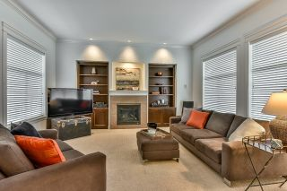 Photo 3: 18568 66A AVENUE in Cloverdale: Home for sale : MLS®# R2034217