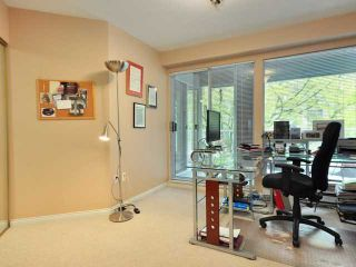 """Photo 7: 207 2288 W 12TH Avenue in Vancouver: Kitsilano Condo for sale in """"CONNAUGHT POINT"""" (Vancouver West)  : MLS®# V820109"""