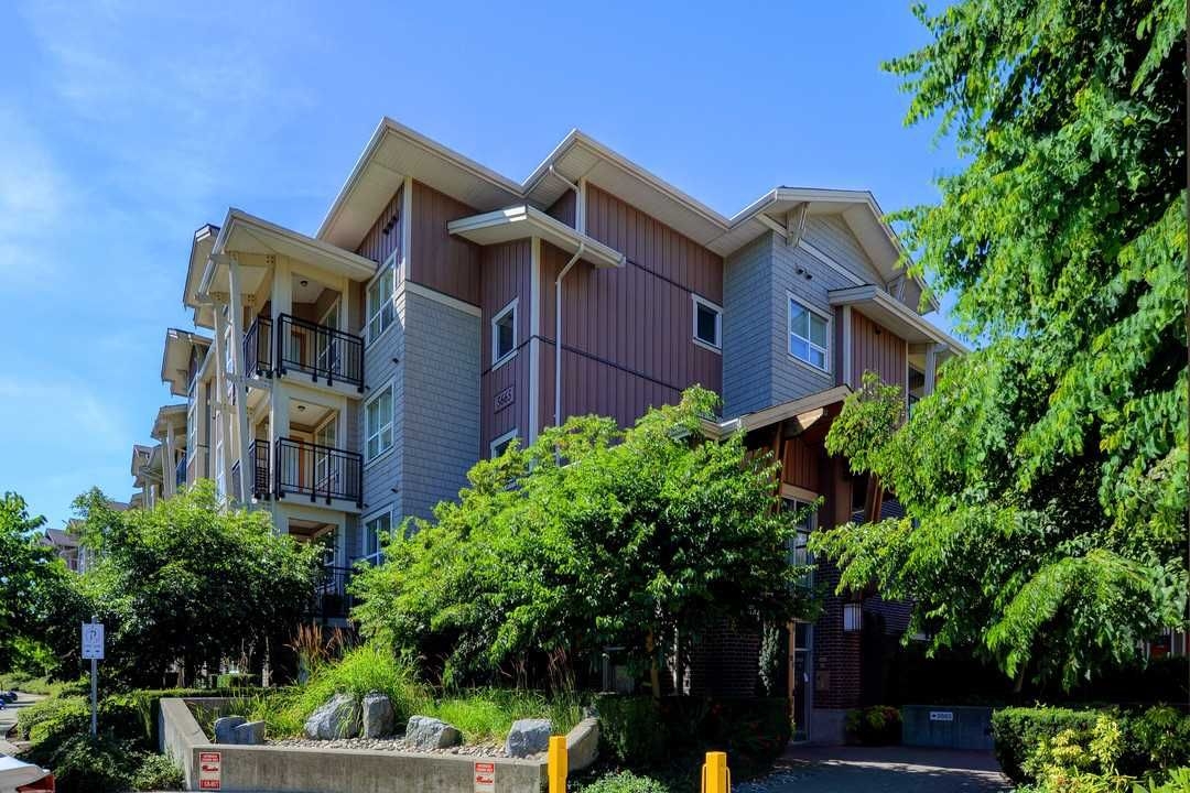 Main Photo: 415 5665 IRMIN Street in Burnaby: Metrotown Condo for sale (Burnaby South)  : MLS(r) # R2191953