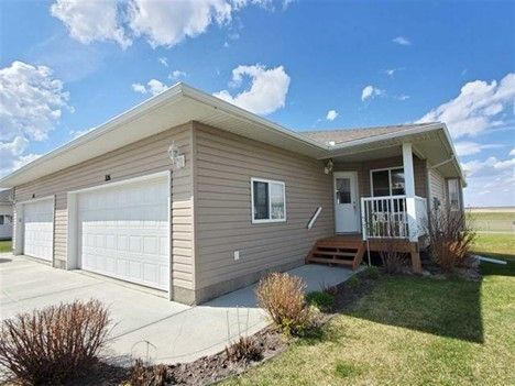 Main Photo: 326 7001 Northview Drive: Wetaskiwin House Half Duplex for sale : MLS®# E4230748