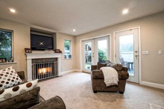 Photo 14: 2870 LYNDENE Road in North Vancouver: Capilano NV House for sale : MLS®# R2034832