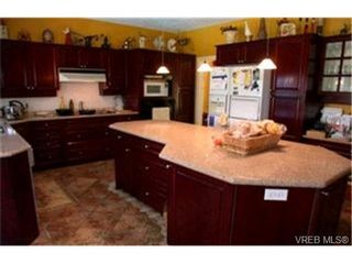 Photo 5:  in VICTORIA: SE Broadmead House for sale (Saanich East)  : MLS®# 382833