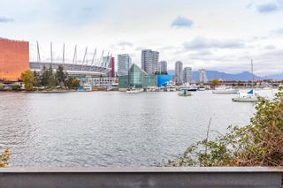 """Photo 33: 1214 1768 COOK Street in Vancouver: False Creek Condo for sale in """"Venue One"""" (Vancouver West)  : MLS®# R2625843"""