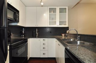 Photo 3: 205 1238 BURRARD STREET in Vancouver West: Home for sale : MLS®# R2007783