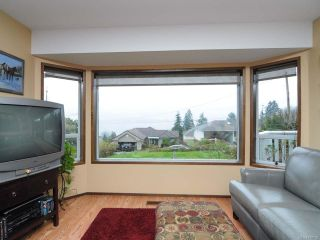 Photo 7: 5629 3rd St in UNION BAY: CV Union Bay/Fanny Bay House for sale (Comox Valley)  : MLS®# 718182