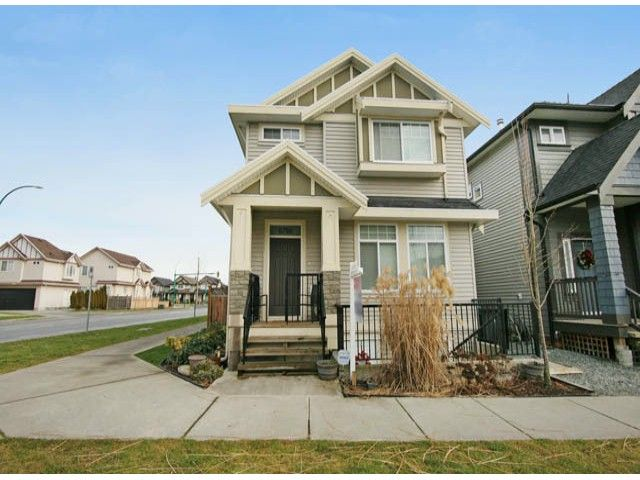 Main Photo: 6798 191A Street in Cloverdale: Clayton House for sale : MLS®# F1400185