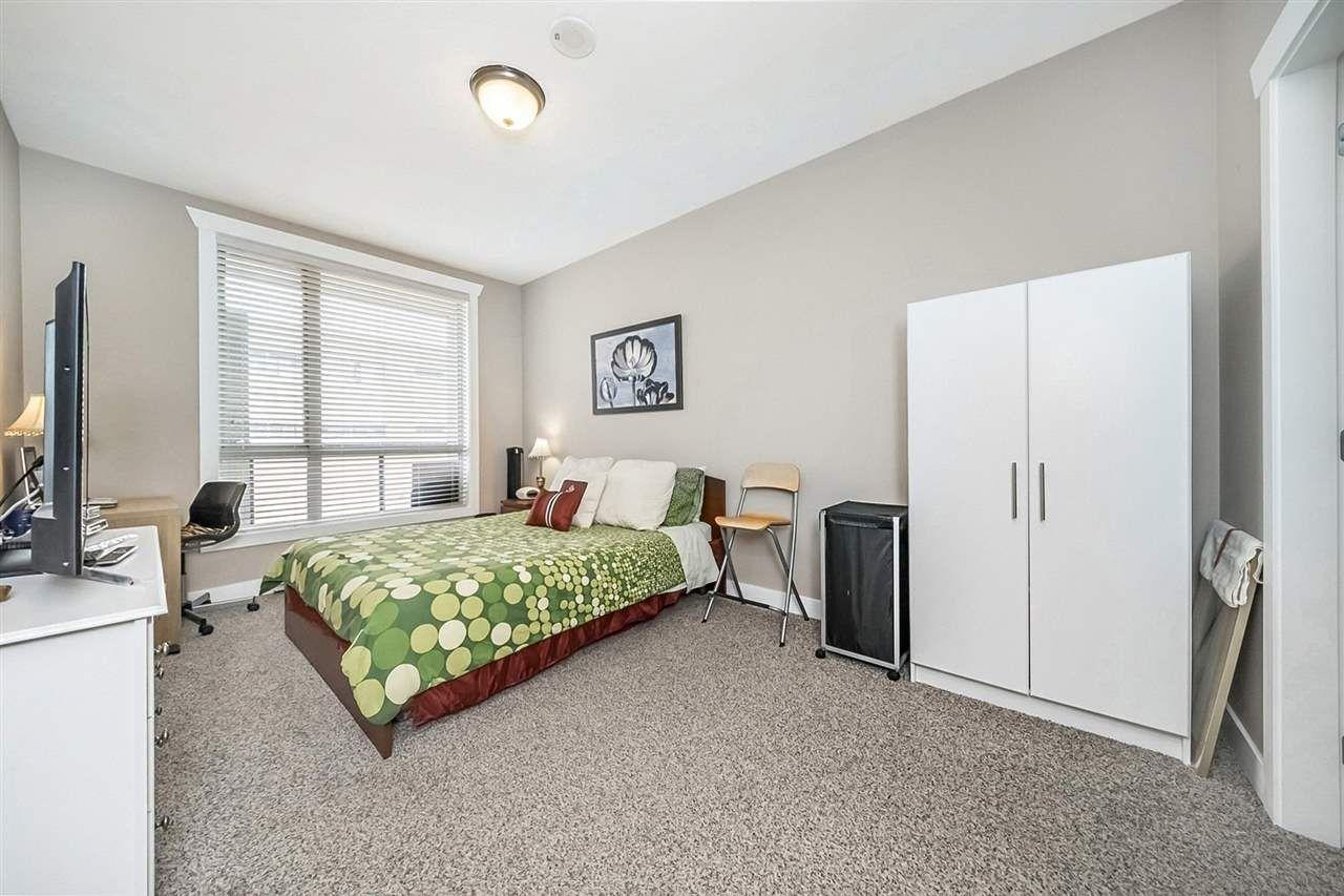 """Photo 11: Photos: 311 14333 104TH Avenue in Surrey: Whalley Condo for sale in """"Park Central"""" (North Surrey)  : MLS®# R2298622"""