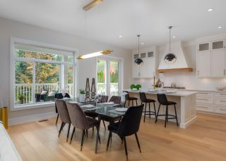 """Photo 8: 40895 THE CRESCENT in Squamish: University Highlands House for sale in """"UNIVERSITY HEIGHTS"""" : MLS®# R2467442"""