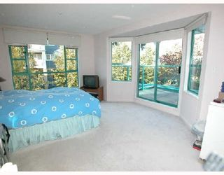 """Photo 5: 301W 3061 GLEN Drive in Coquitlam: North Coquitlam Condo for sale in """"PARC LAURENT"""" : MLS®# V670865"""