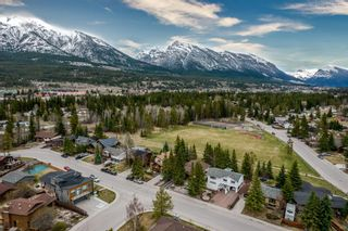 Photo 9: 1217 16TH Street: Canmore Detached for sale : MLS®# A1106588