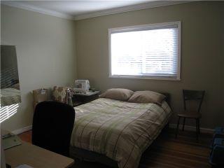 Photo 8: 2603 ADANAC Street in Vancouver: Renfrew VE House for sale (Vancouver East)  : MLS®# V866221