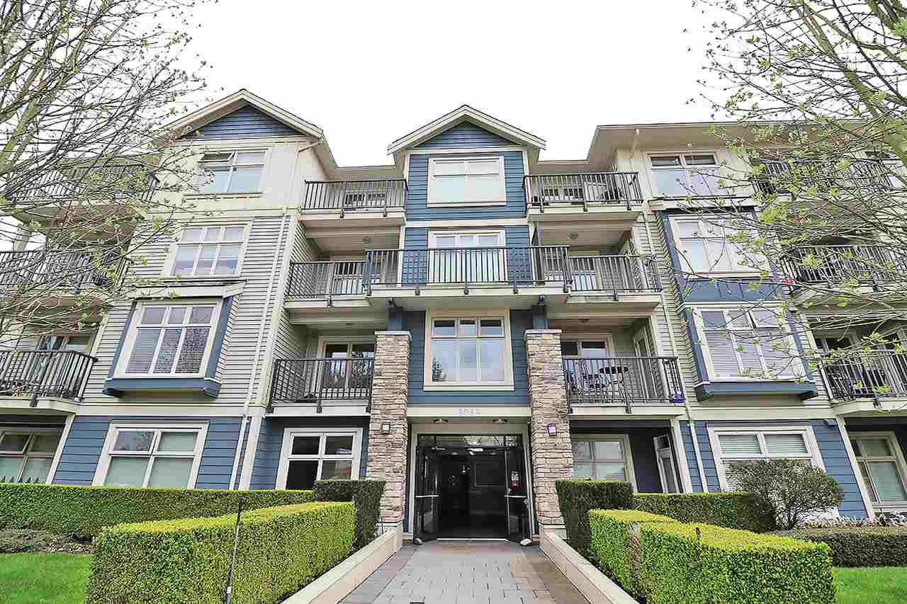 "Main Photo: 314 8084 120A Street in Surrey: Queen Mary Park Surrey Condo for sale in ""ECLIPSE"" : MLS®# R2258445"