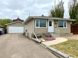 Photo 1: 262 26th Street in Battleford: Residential for sale : MLS®# SK856331