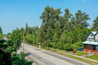 "Photo 13: 305 15385 101A Avenue in Surrey: Guildford Condo for sale in ""Charlton Park"" (North Surrey)  : MLS®# R2375782"