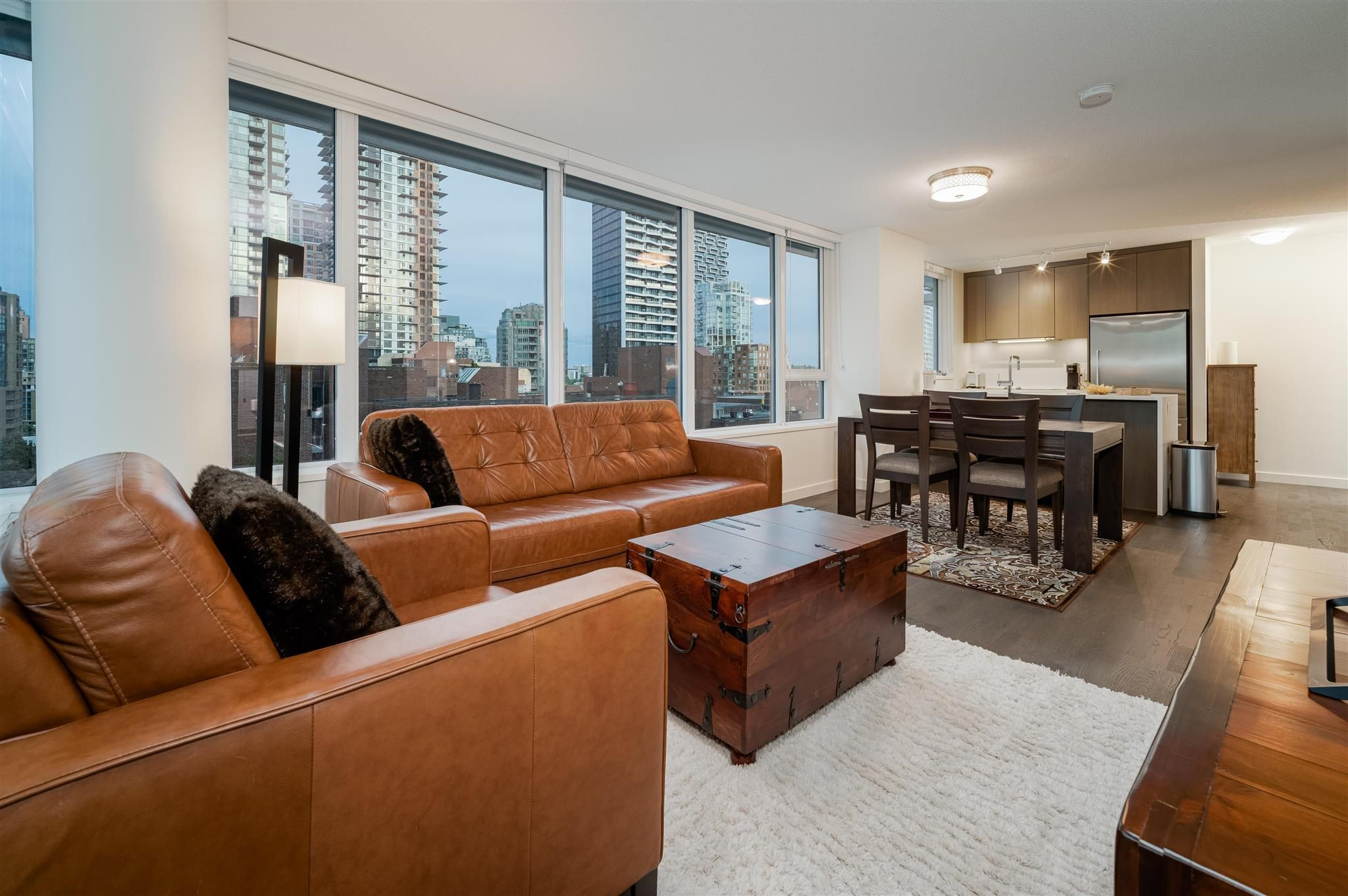 """Main Photo: 1003 1009 HARWOOD Street in Vancouver: West End VW Condo for sale in """"Modern"""" (Vancouver West)  : MLS®# R2600185"""