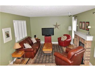 Photo 5: 532 Riverbend Drive SE in Calgary: Riverbend Residential Detached Single Family for sale : MLS®# C3606476