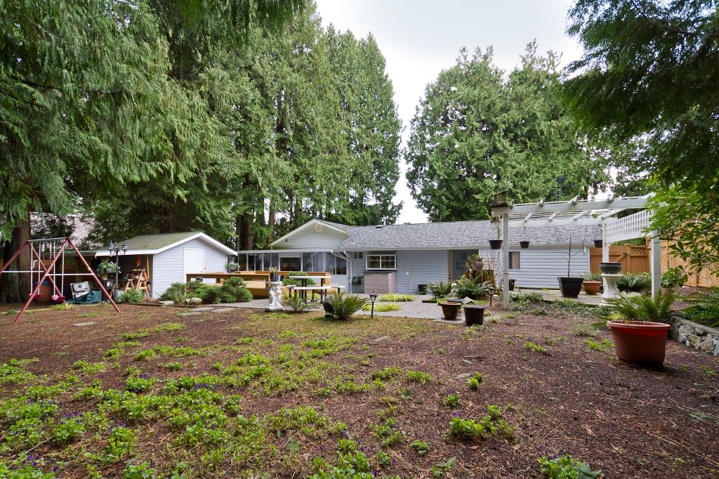 Photo 15: Photos: 423 WALKER Street in Coquitlam: Coquitlam West House for sale : MLS®# V938751