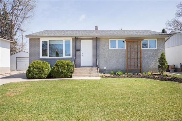 Main Photo: 4 Monaco Bay in Winnipeg: Windsor Park Residential for sale (2G)  : MLS®# 1810853