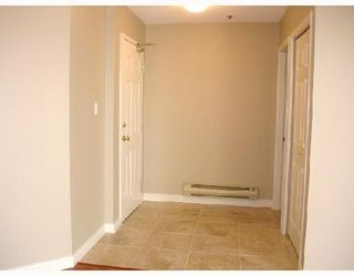 """Photo 2: 305 7011 BLUNDELL Road in Richmond: Brighouse South Condo for sale in """"WINDSOR GARDEN"""" : MLS®# V701334"""