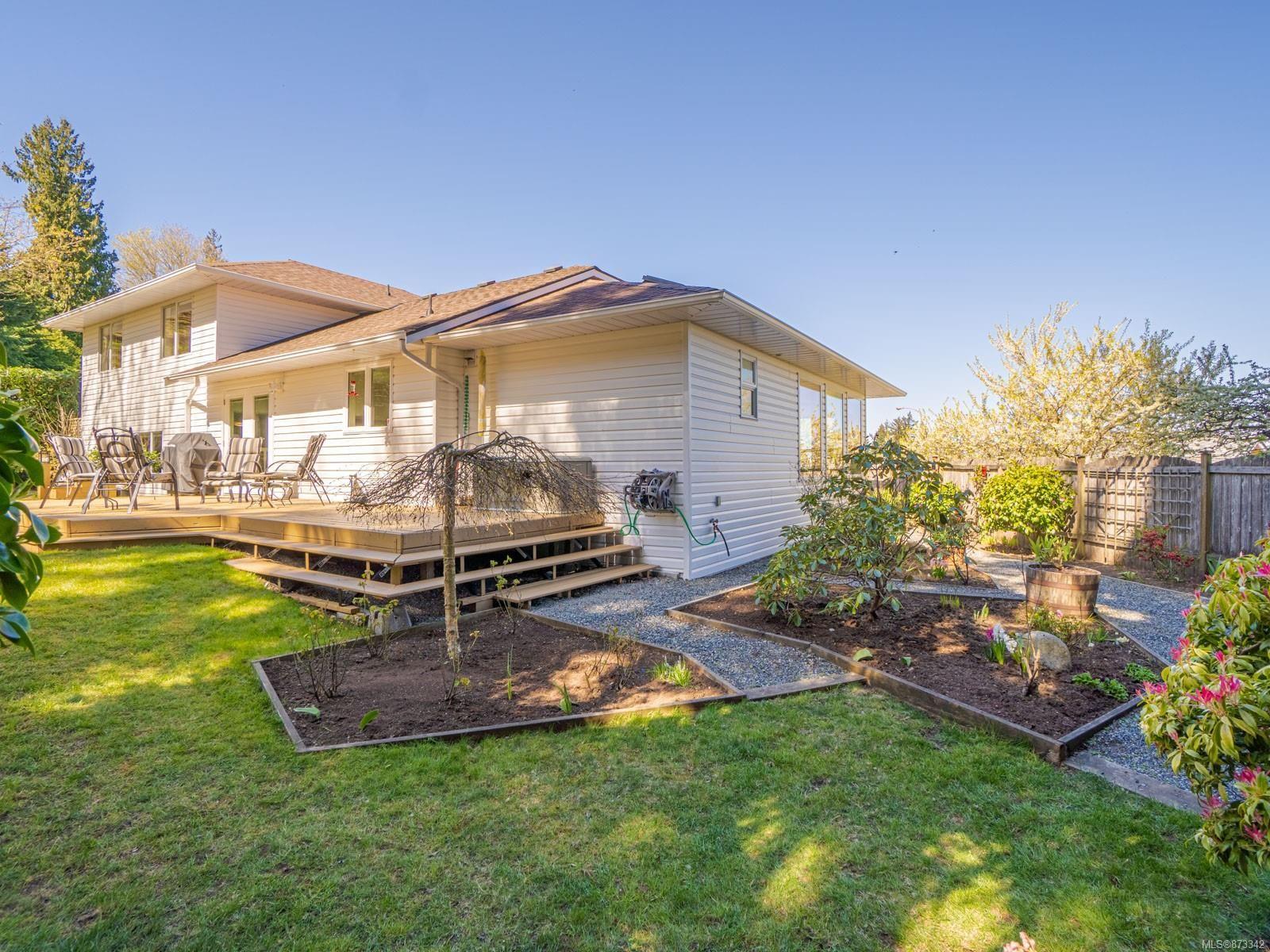 Photo 9: Photos: 5294 Catalina Dr in : Na North Nanaimo House for sale (Nanaimo)  : MLS®# 873342