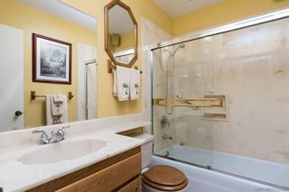 Photo 20: LA MESA House for sale : 4 bedrooms : 7920 Eastridge