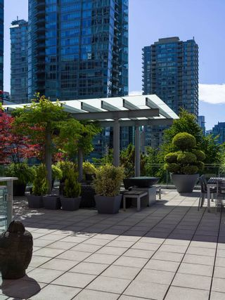 Photo 6: 403 1169 W CORDOVA STREET in Vancouver: Coal Harbour Condo for sale (Vancouver West)  : MLS®# R2475805