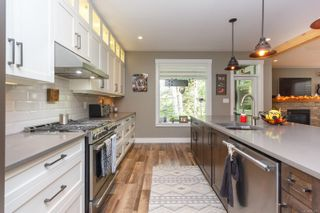Photo 15: 939 Ancona Ave in : La Olympic View House for sale (Langford)  : MLS®# 857927