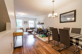 """Photo 17: 50 11067 BARNSTON VIEW Road in Pitt Meadows: South Meadows Townhouse for sale in """"COHO"""" : MLS®# R2472923"""