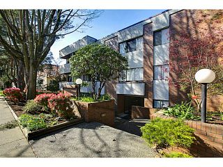 "Photo 1: 102 391 E 7TH Avenue in Vancouver: Mount Pleasant VE Condo for sale in ""OAKWOOD PARK"" (Vancouver East)  : MLS®# V1009572"