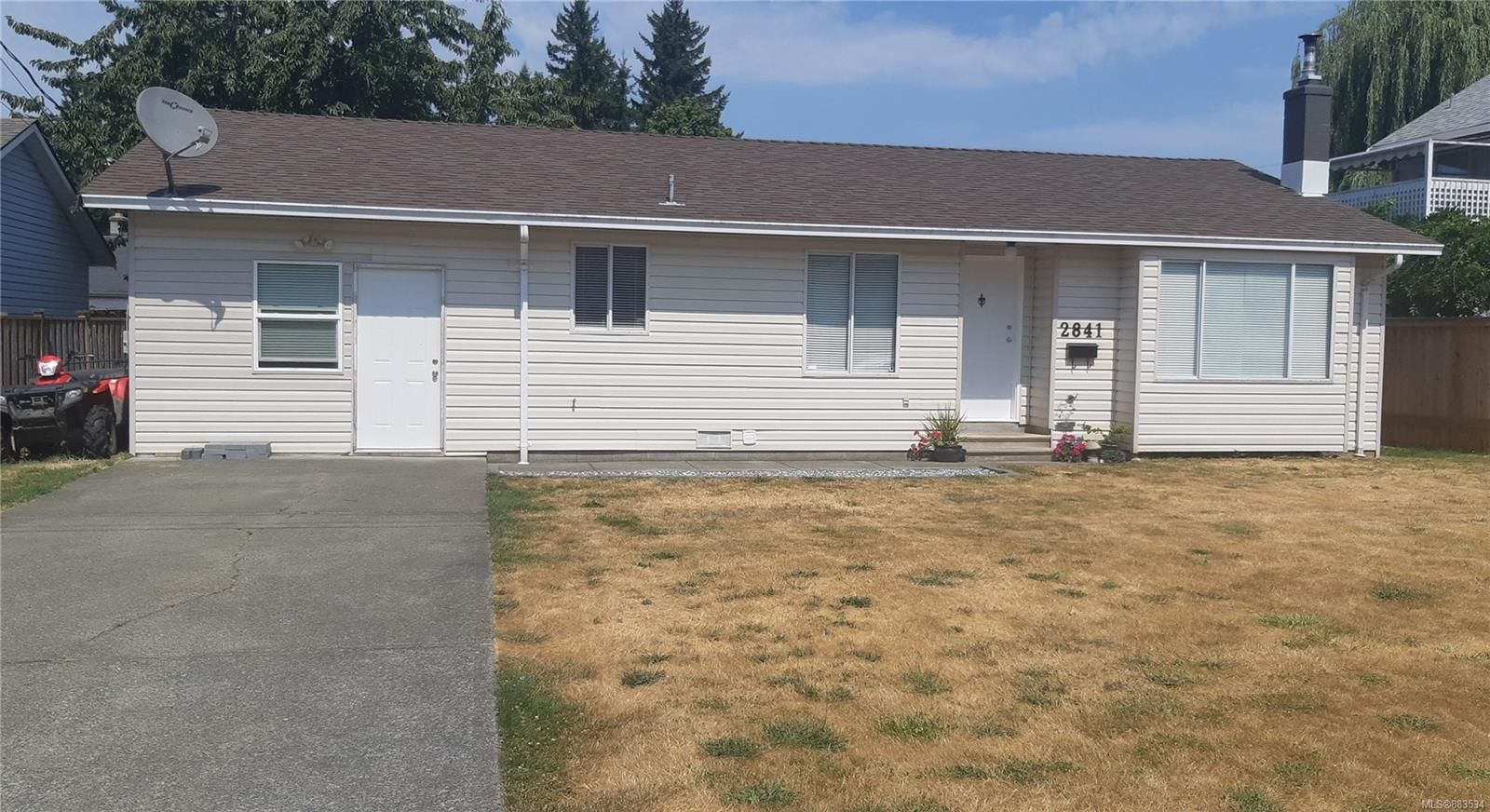 Main Photo: 2841 Fairmile Rd in : CR Willow Point House for sale (Campbell River)  : MLS®# 883534