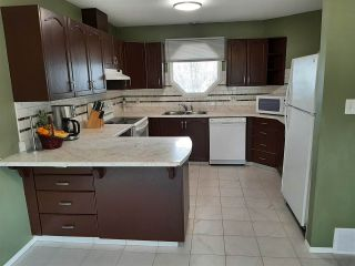 Photo 2: 14706 37 Street in Edmonton: Zone 35 House for sale : MLS®# E4239620