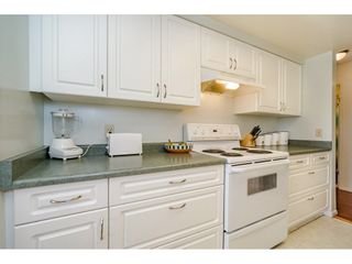 "Photo 4: 303 20460 54 Avenue in Langley: Langley City Condo for sale in ""Wheatcroft Manor"" : MLS®# R2212141"