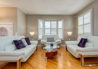 Photo 7: 848 Coach Side Crescent SW in Calgary: Coach Hill Detached for sale : MLS®# A1082611