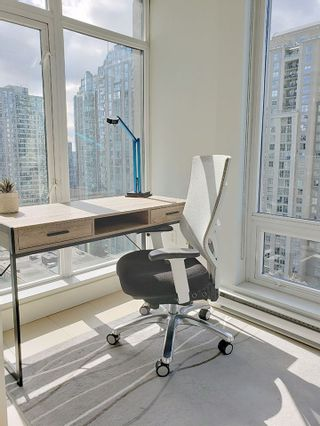 Photo 10: 1602 565 SMITHE STREET in Vancouver: Downtown VW Condo for sale (Vancouver West)  : MLS®# R2564473