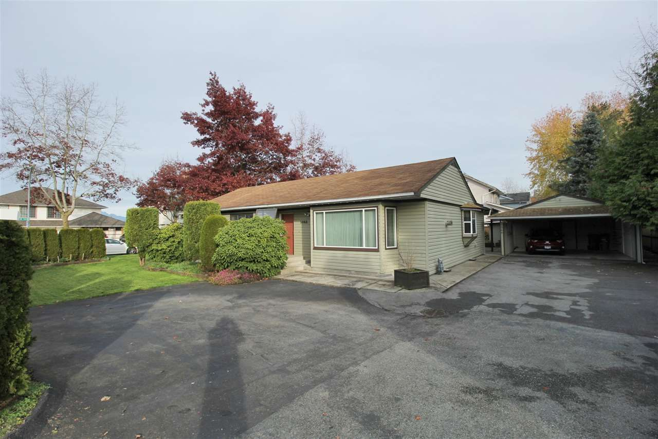 """Main Photo: 5066 216 Street in Langley: Murrayville House for sale in """"Murrayville"""" : MLS®# R2322230"""