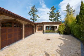 Photo 2: 6929 ISLEVIEW Road in West Vancouver: Whytecliff House for sale : MLS®# R2546727
