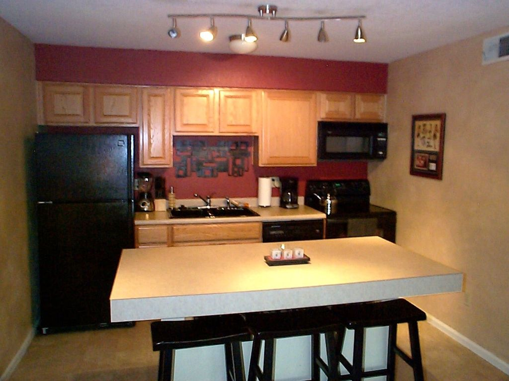 Main Photo: 9262 E. Arbor Circle A in Englewood: Condo for sale : MLS®# 1059469
